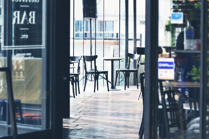 Idee Per Aprire Un Ufficio : Come aprire un bar guida completa: costi licenze e requisiti