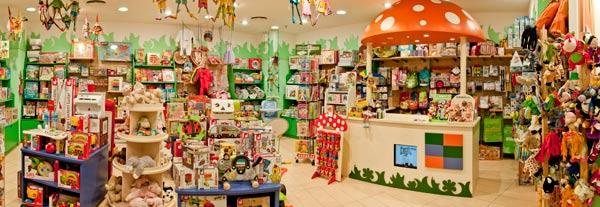 Eurekakids franchising negozi di giocattoli per bambini for Arredamento cartoleria usato